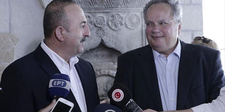 Çavuşoğlu'ndan Yunanistan'a Gayrıresmi Ziyaret