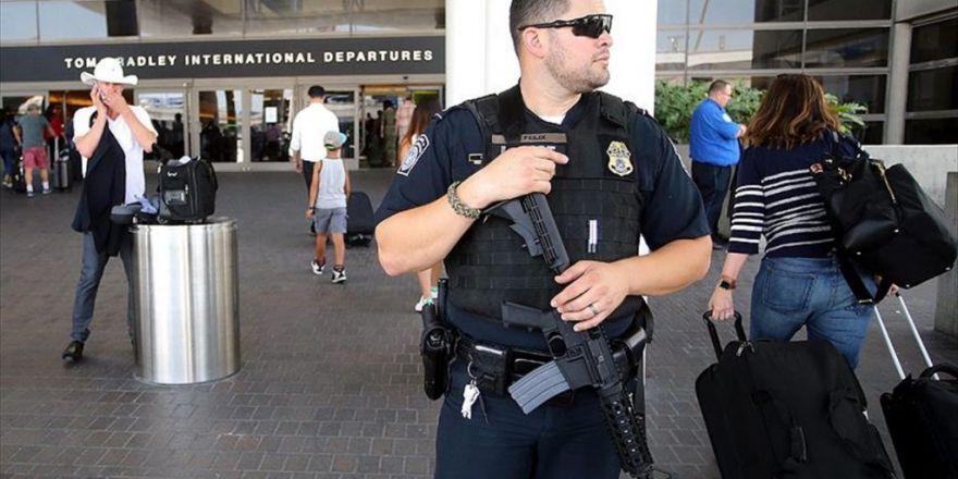 Los Angeles Havalimanında Silah Sesi Paniği
