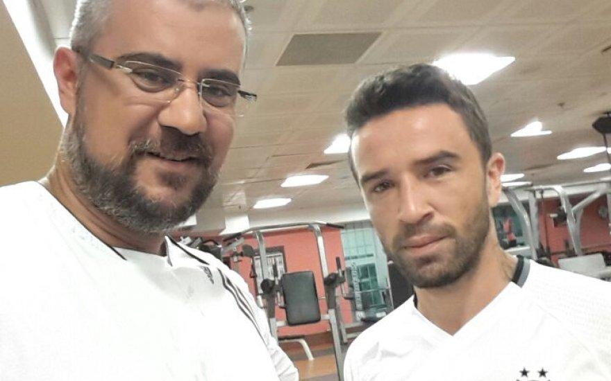Ahmet Gökhan Arıkan Beşiktaş'lı Gökhan Gönül ile