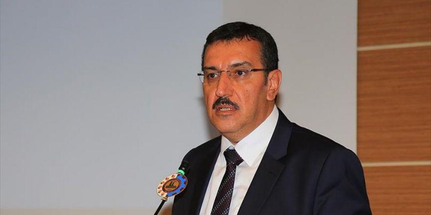 Gümrük Ve Ticaret Bakanı Tüfenkci: 9 Günlük Tatil Turizm Şirketleri Ve Esnafı Memnun Etti