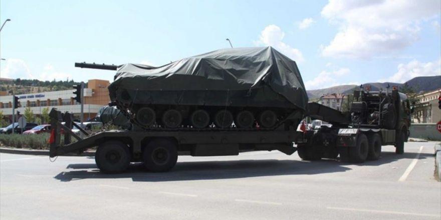 Ankara'dan Çıkarılan Zırhlı Araçlar Çankırı'ya Götürülüyor