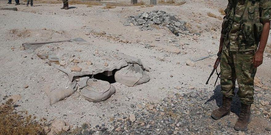 Aa Ekibi, Daeş'in Cerablus'tan Kaçarken Kullandığı Tünelleri Görüntüledi