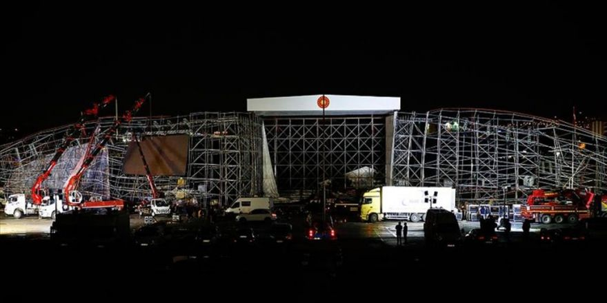 Akm'deki Törenler Kaza Nedeniyle İptal Edildi