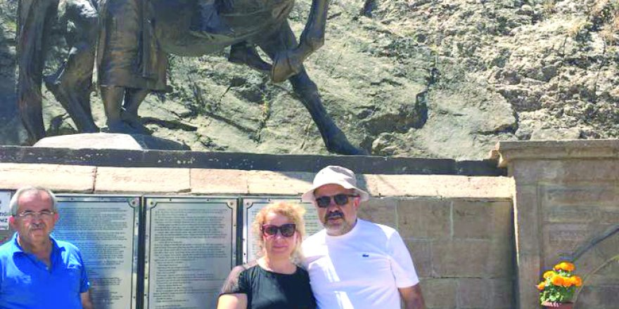 Ahmet İçyer ve Eşi Taşkent'te