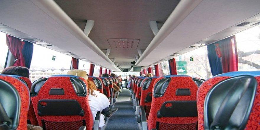 Otobüs ve trende bayram yoğunluğu