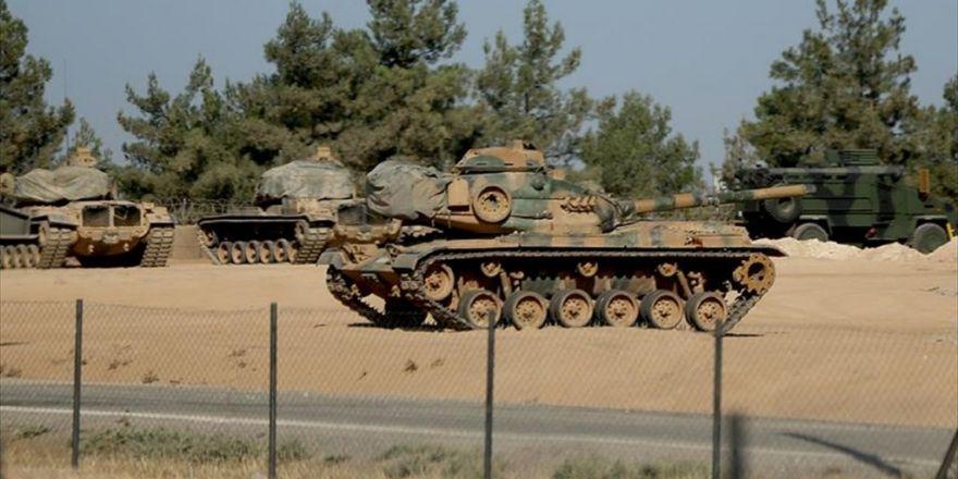 Sınırdaki Birliklere Zırhlı Araç Ve Tank Takviyesi