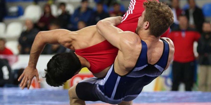 Gençler Dünya Güreş Şampiyonası'nda İki Gümüş Madalya Geldi