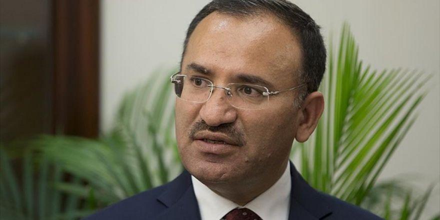 Adalet Bakanı Bozdağ: 'Bu, Şekilciliktir, İdeolojik Bir Yaklaşımdır'