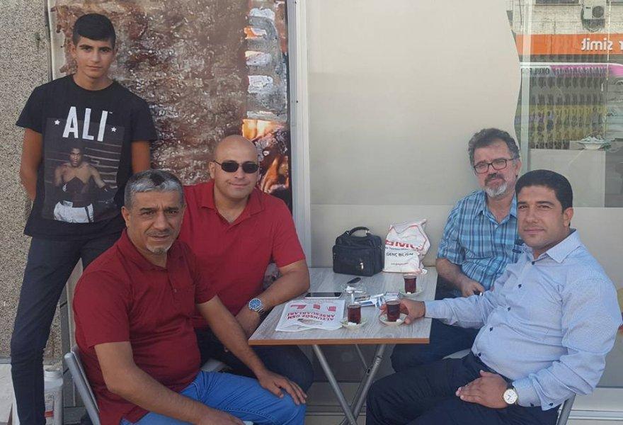 Konyaspor sevdalısı İsmail Bey dostları ile