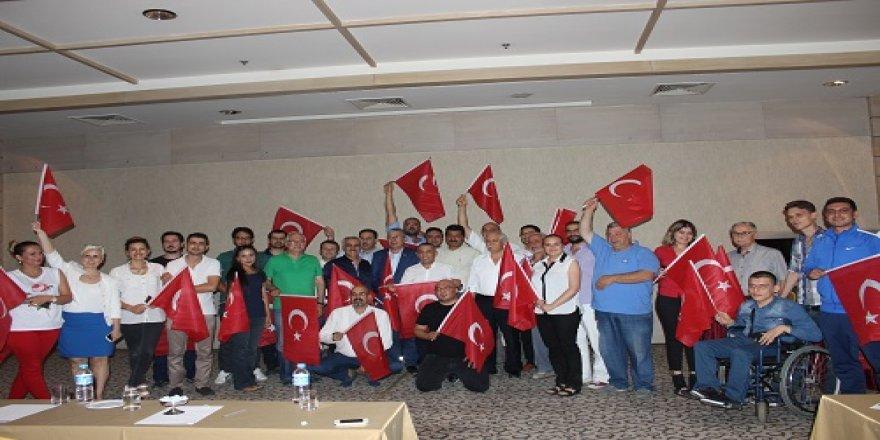 Prof. Babaoğlu Mevlana'da 15 Temmuz'un derinliğini paylaştı