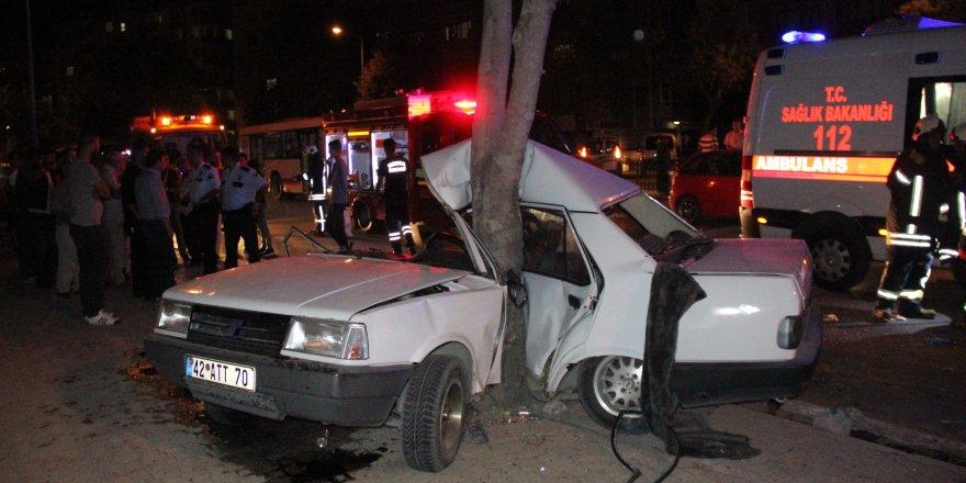 Kontrolden çıkan otomobil ağaca çarptı: 1 ölü