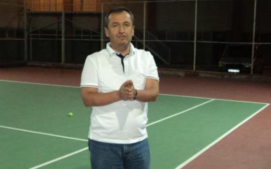 Hukukçu Tevfik Buğdaycı'nın tenis tutkusu