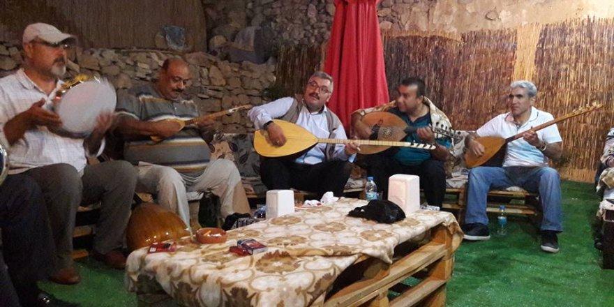 Baro korosunun sanatçıları Sille'de