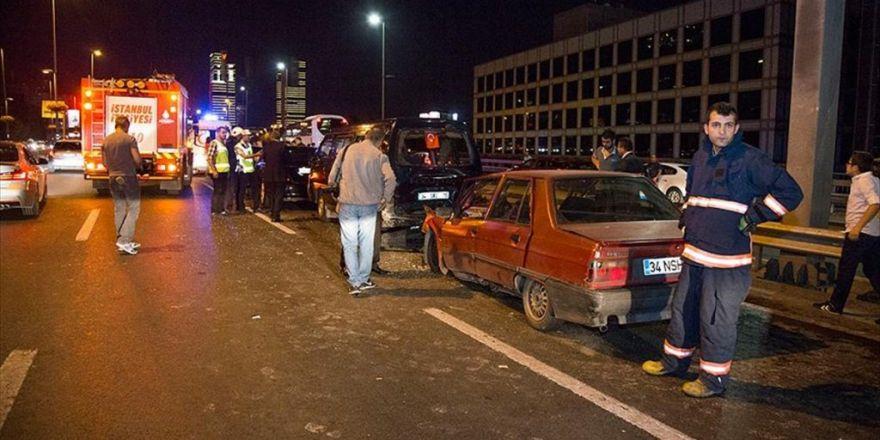 İstanbul'da Trafik Kazaları: 3 Yaralı