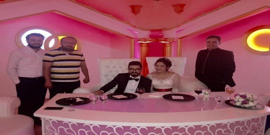 Mustafa Ataman ve Hatice Kurt evlendi