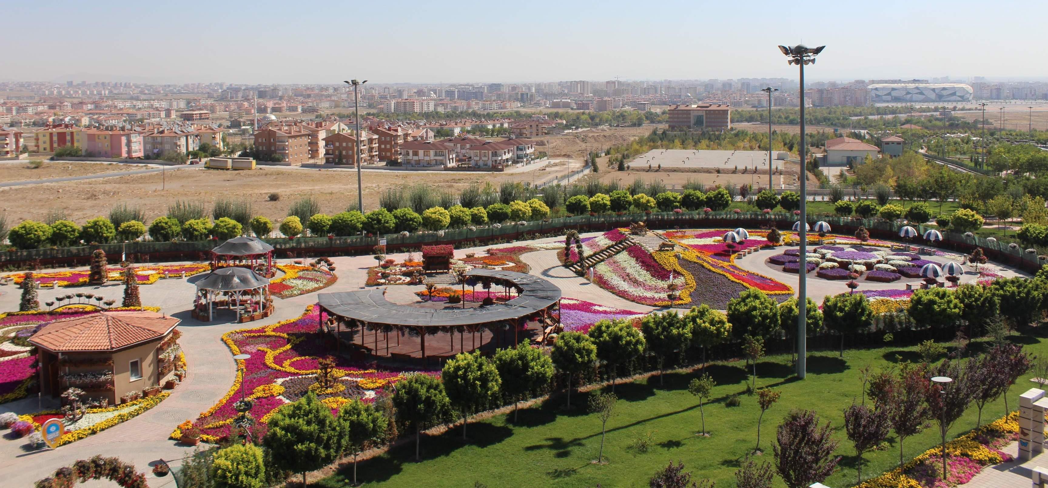 Çiçek Bahçesi ve Macera Kulesi tanıtıldı