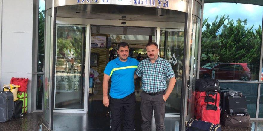 Hasan Hüseyin Köse Alanya Bera Müdürü Ersin Kiraz'la