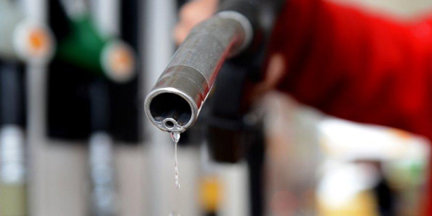 Benzin ve motorin fiyatlarına indirim yapıldı