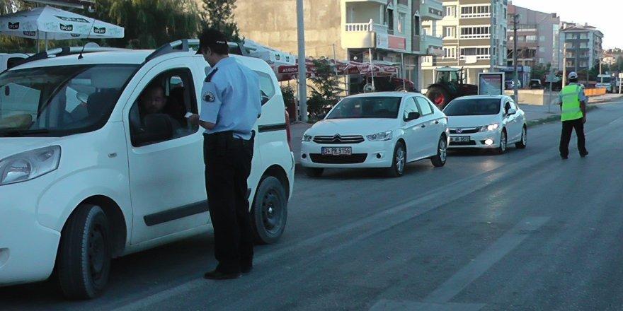 Kulu'da yol kontrol ve güvenlik uygulamaları sürüyor