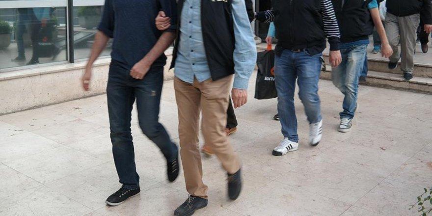 Konya'da 7 öğretmen daha FETÖ'den tutuklandı