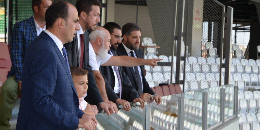 Cumhurbaşkanı Başdanışmanları  Ukrayna maçı için Arena'ya gelecekler.