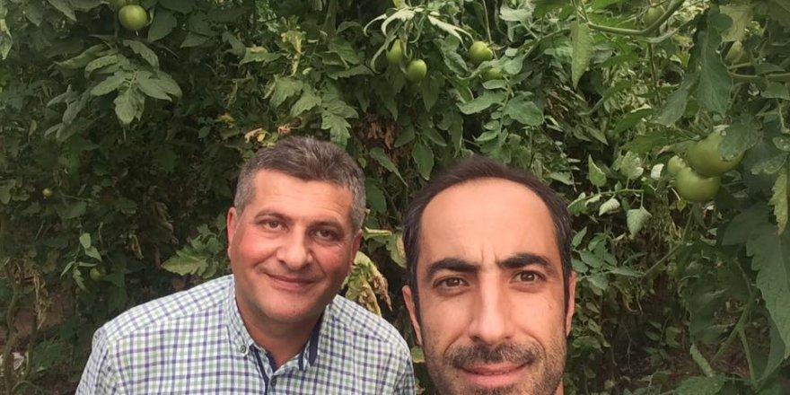 Hakan Kuşcu Alakova'dan selfie yapmış