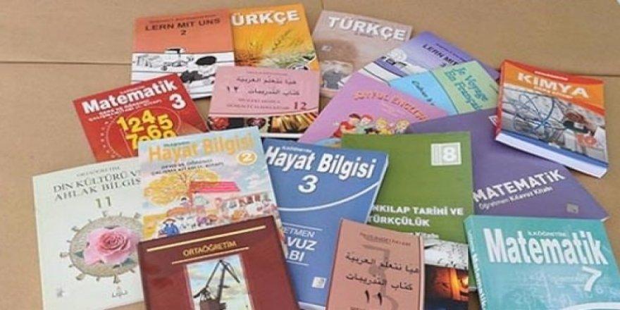 Okul kitaplarında subliminal mesajlar!