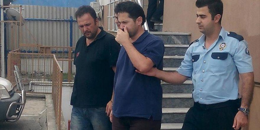 Açığa Alınan Doçent Yunanistan'a Gitmek İsterken Yakalandı