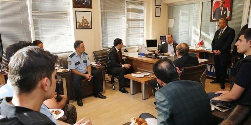 Erdoğan'dan Polis Merkezi'ne Ziyaret