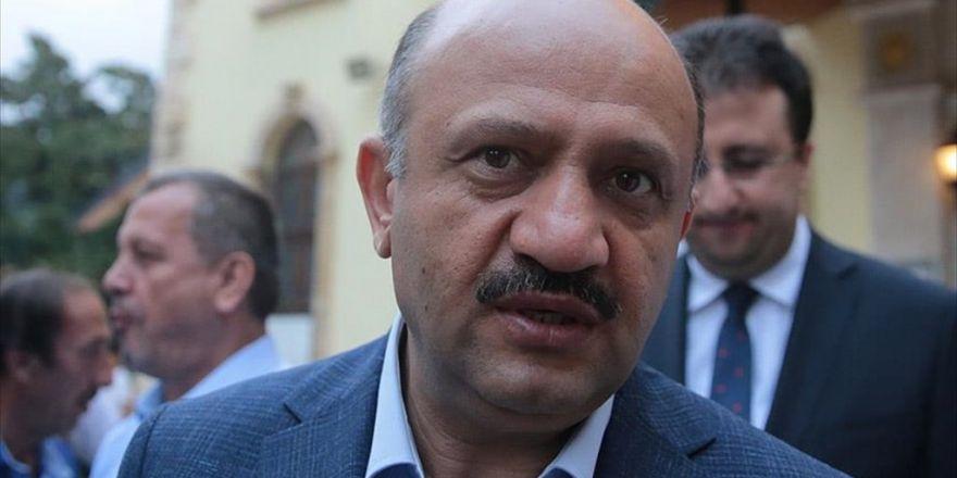 Milli Savunma Bakanı Işık: Teröre Yataklık Eden Demokrasi Kılıfına Sığınamaz