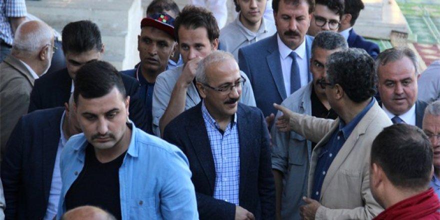 Bakan Elvan Konyalının bayramını kutladı
