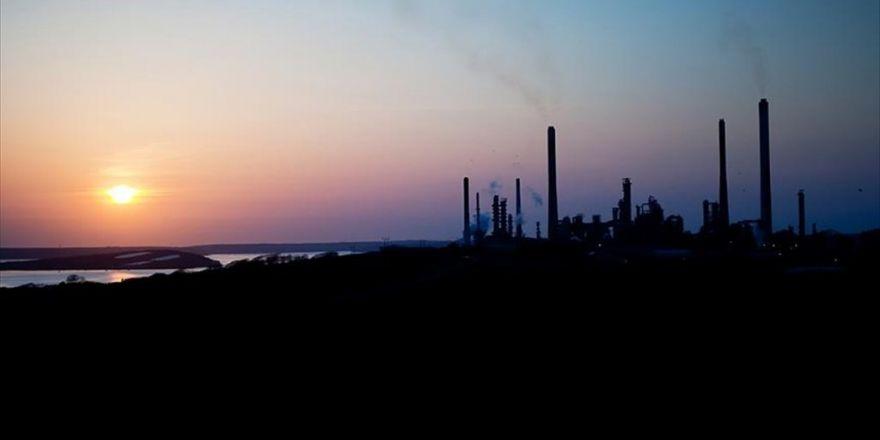 Suudiler Petrol Üretiminde Abd'yi Geçerek Zirveye Çıktı