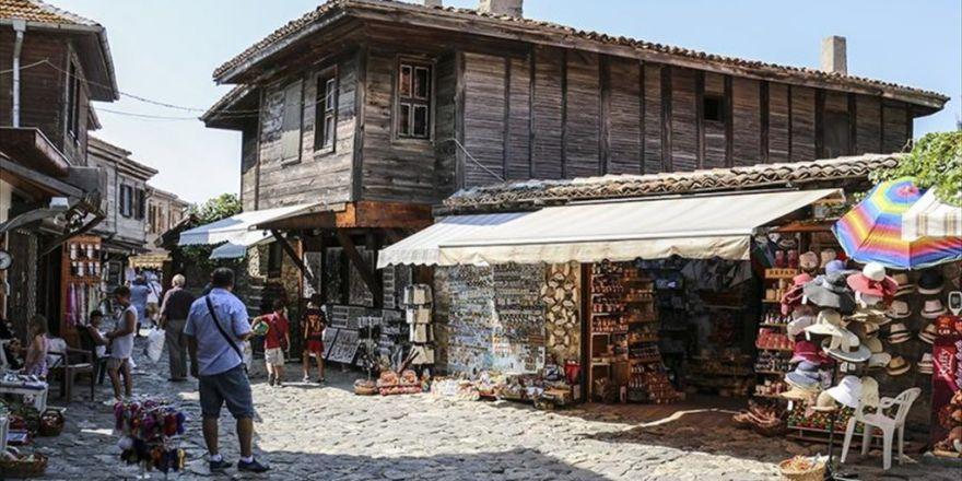 Modern Yaşamla Tarihin Buluştuğu Belde: Nessebar