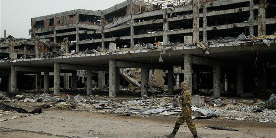 Bm: Ukrayna'nın Doğusunda 9 Bin 640 Kişi Hayatını Kaybetti