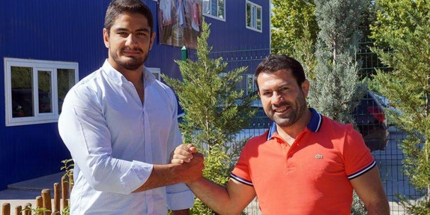 Olimpiyat Şampiyonu Taha Akgül'ün Gizli Kahramanı
