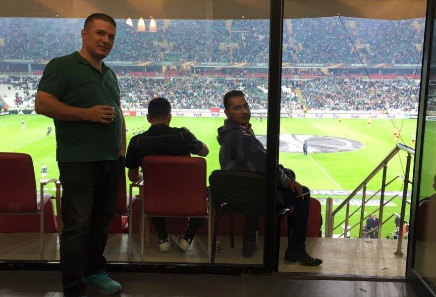 Mevlüt Azman ile Mehmet Esdegel özel locadalar