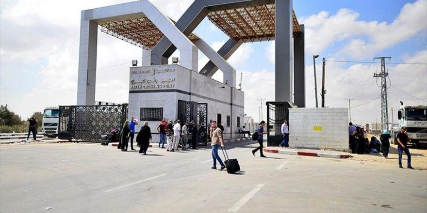 Refah Sınır Kapısı Hacılar İçin Açıldı