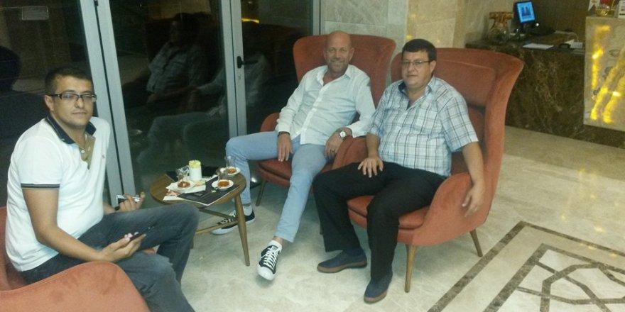 Zülfikar Koca Konyasporlu Varol Bülbül ile birlikte