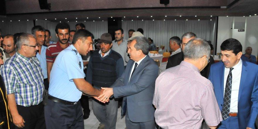 Başkan Akkaya belediye personeli ile bayramlaştı