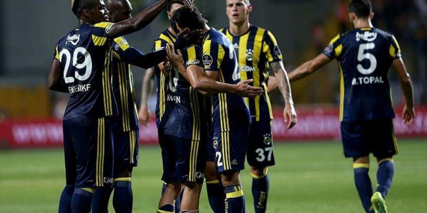 Fenerbahçe Sezonun İlk Galibiyetini 5 Golle Buldu