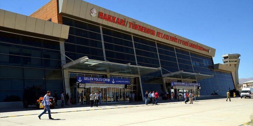 Yüksekova'da 11 Günde 68 Uçak Seferi Yapıldı