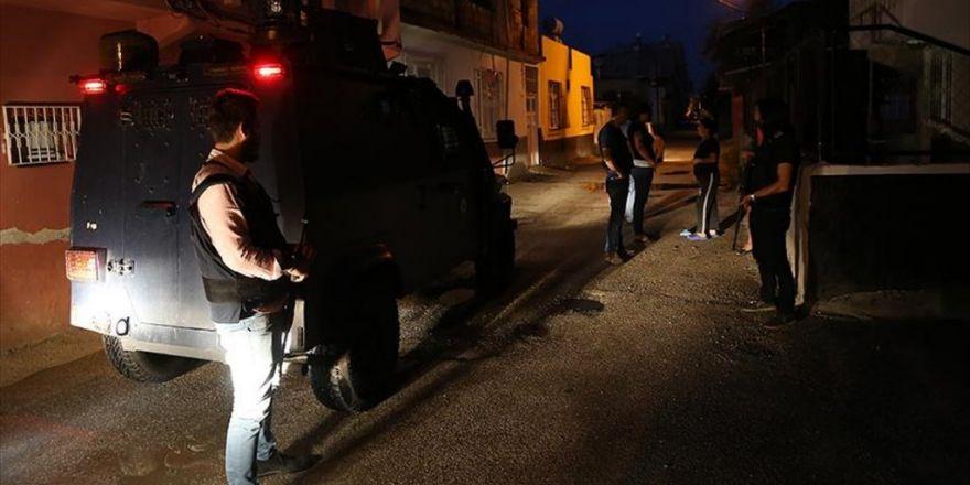Adana'da 'Torbacı'lara Şafak Operasyonu