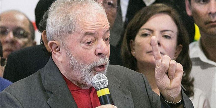 Brezilya'da Silva Hakim Karşısına Çıkacak