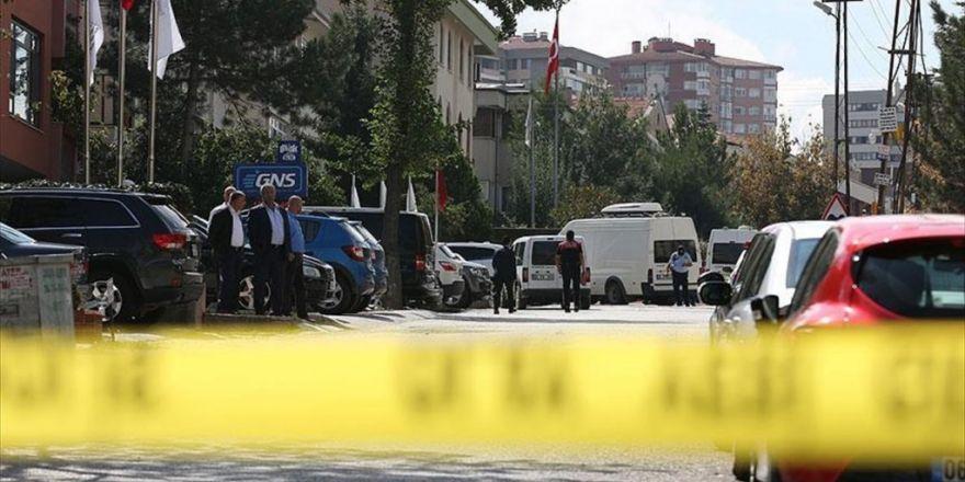İsrail Büyükelçiliği Önünde Bıçaklı Kişi Etkisiz Hale Getirildi