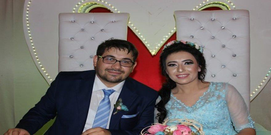 Berna ve Muhammet evlilik yolunda ilk adımı attı