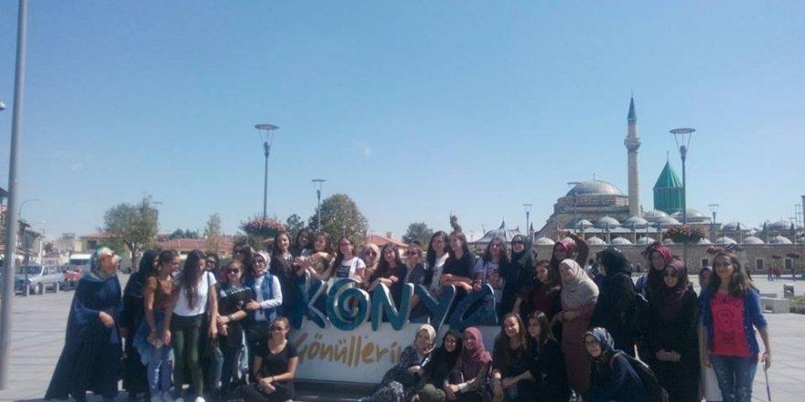 Beyşehir, Balkan ülkelerinden gelen gençleri kampta ağırladı
