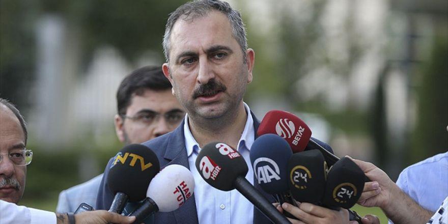 Abdulhamit Gül: Anayasa Değişikliği Çalışmalarımızı Tamamladık