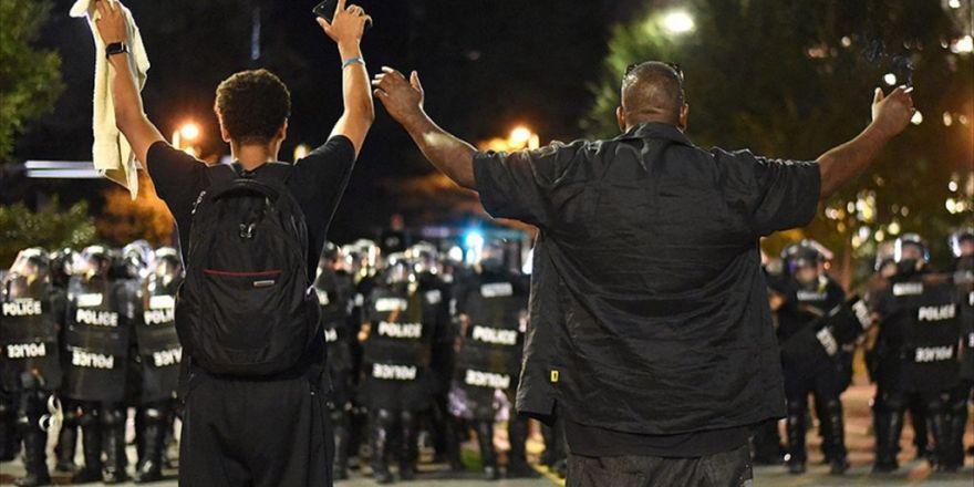 Charlotte'taki Siyahilerin Protestoları 3. Gününde