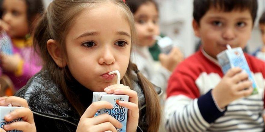 Okul Sütü Uygulaması Devam Edecek