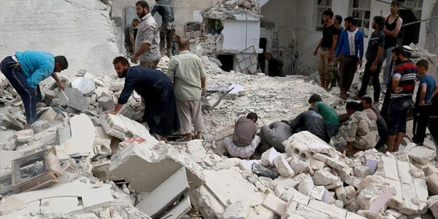 Halep'te Yerleşim Alanlarına Hava Saldırısı: 56 Ölü